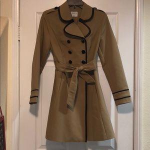 Elle jacket tan &black size: small